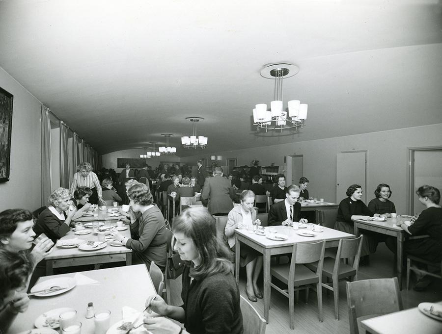 Suomen Yhdyspankkin_ruokasali_1962