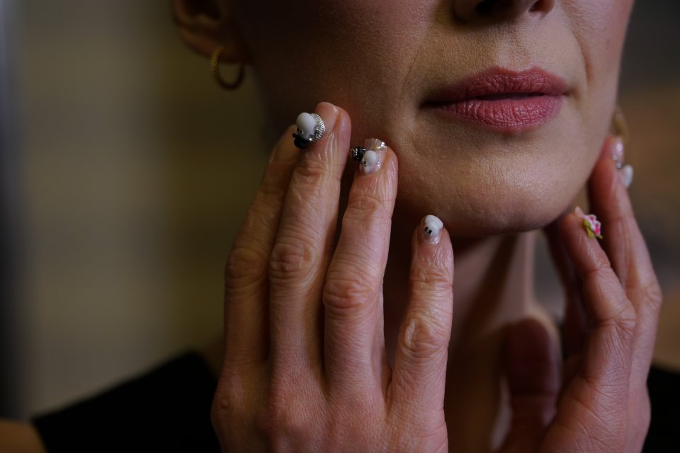 Rosamund Pike Moominvalley Nails