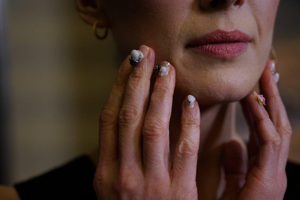 Rosamund Pike Moominvalley Nails