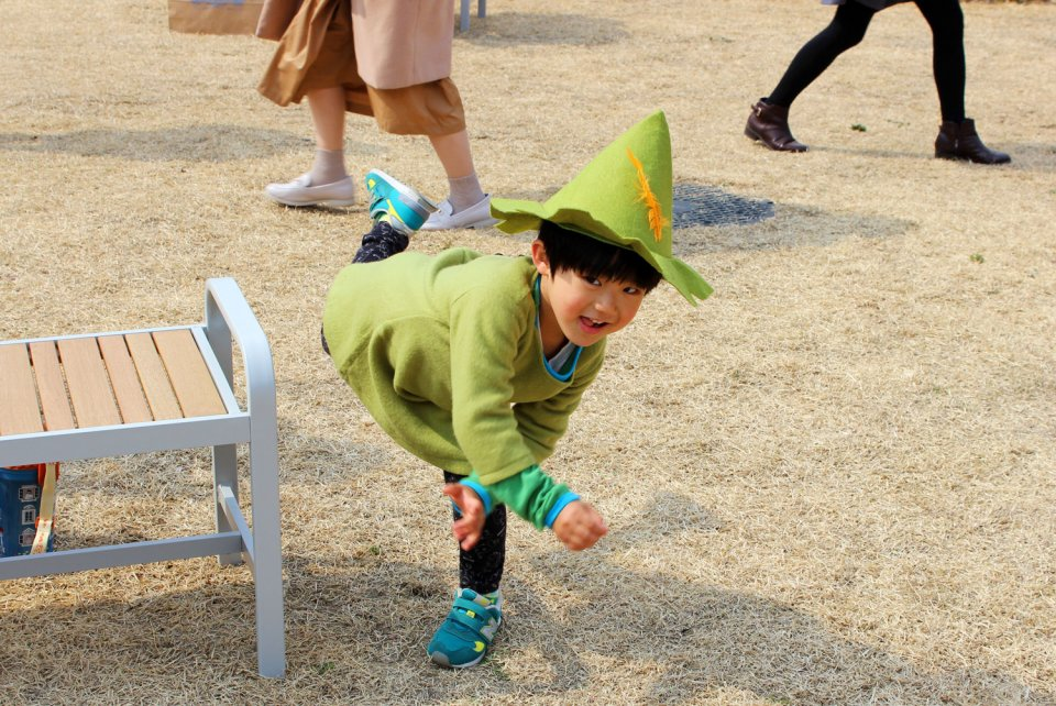 Moominvalley-Park-Japan-Opening-Snufkin-Fan-Cosplay