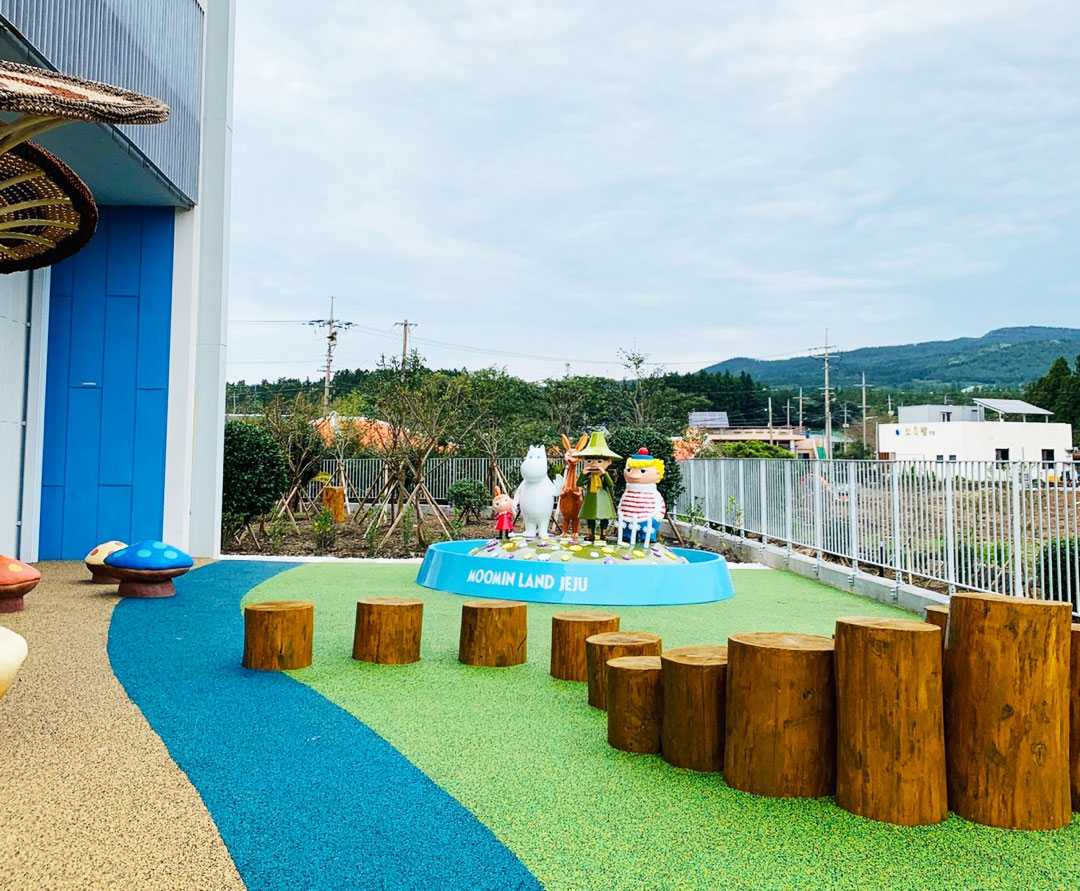 Moominland-Jeju-5-rooftop