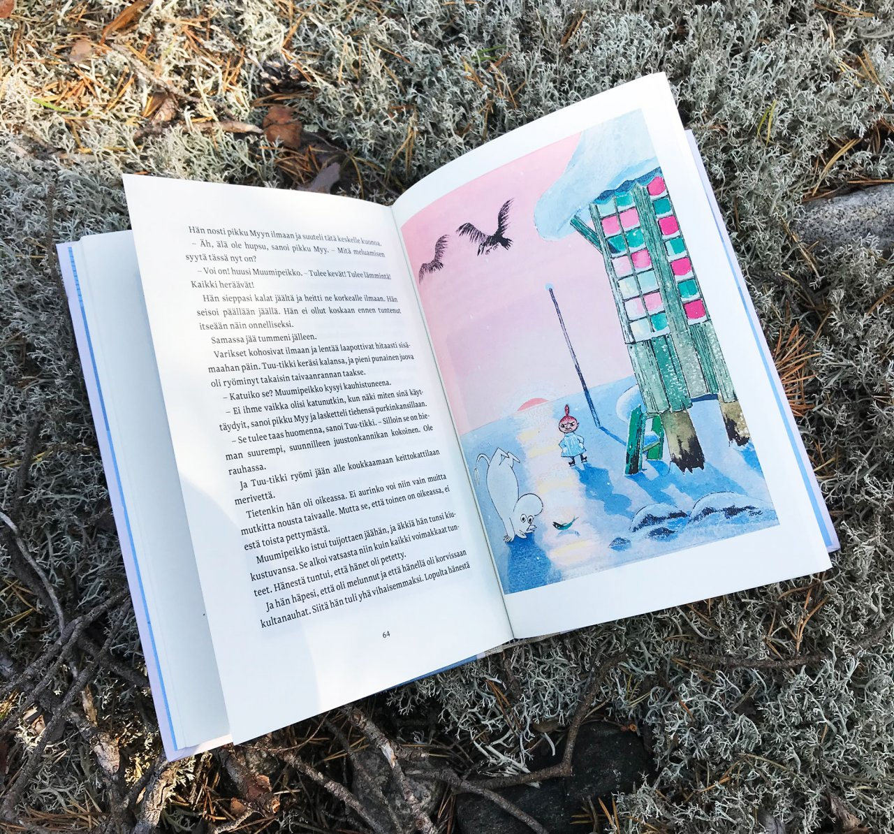 Tove Jansson created color illustrations for Moominland Midwinter